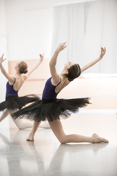 https://www.wellingtondance.co.nz/wp-content/uploads/2019/01/HL4432.jpg